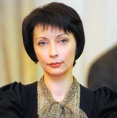 Київський суд арештував 3 квартири Олени Лукаш