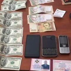 Підполковника СБУ затримано на хабарі у розмірі 500 тисяч гривень