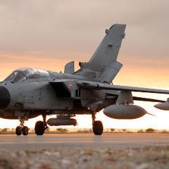 Італія почне бомбити ІДІЛ у Іраку