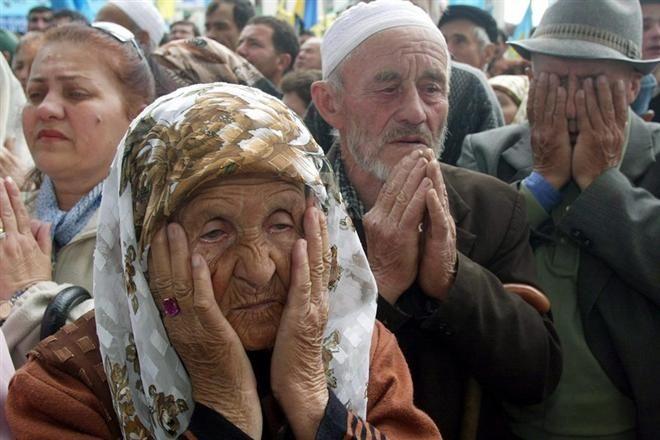 Кримських татар насильно зганяють на мітинг проти блокади Криму