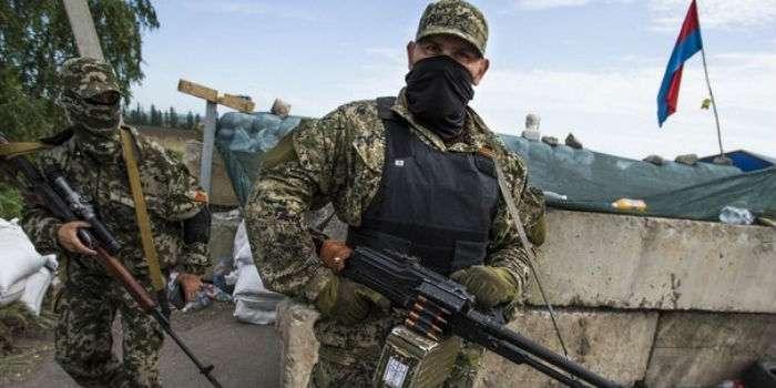Бойовики «ДНР» обстріляли школу уЗайцеве