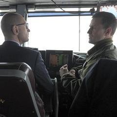 Яценюк оцінив оснащення атомного авіаносця США(фото)