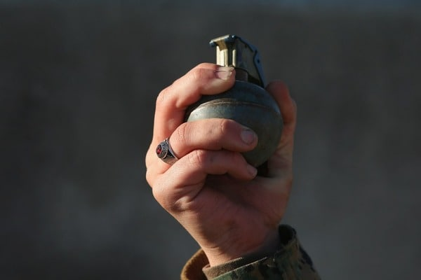 ГУР Міноборони: УГорлівці п'яний бойовик підірвав гранату, загинула жінка