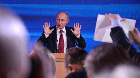 Путін визнав присутність наДонбасі росіян із «військової сфери»