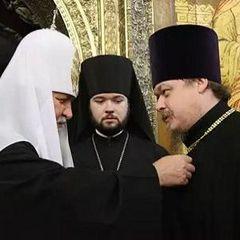 Звільнений речник РПЦ погрожує патріарху Кирилу