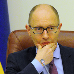 Топ-5 виконаних і провалених обіцянок уряду Яценюка