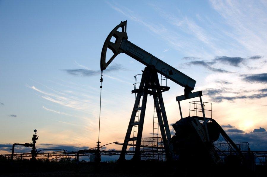 Нафта впала нижче 32 доларів забарель
