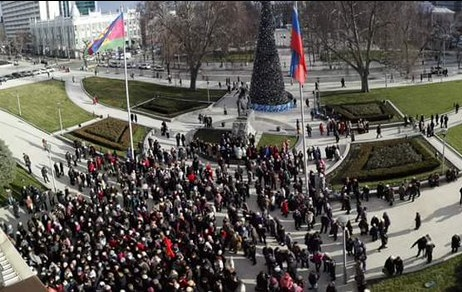 Путинские бабушки восстали  : Пенсионеры перекрыли главные улицы Сочи и Краснодара, требуя вернуть льготы на проезд