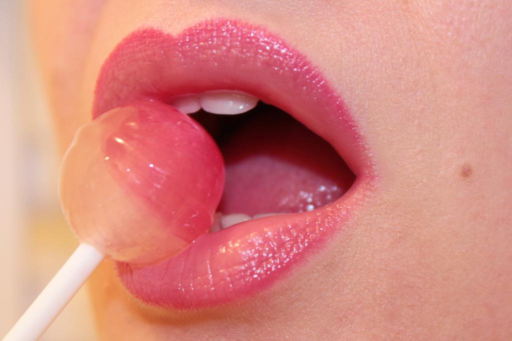 Оральний секс звинуватили врозвитку раку гортані