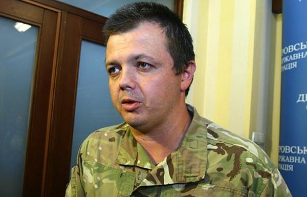 ЗМІ: Семенченка позбавили звання офіцера
