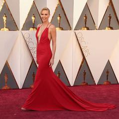 Найкращі жіночі образи на червоній доріжці «Оскару-2016» (ФОТО)