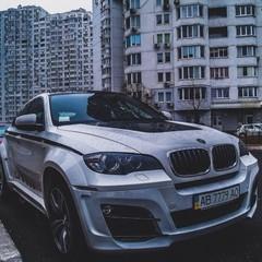 В Україні помітили ексклюзивний автомобіль за 500 тисяч доларів