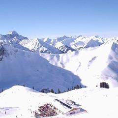 В Альпах при сходженні лавини загинули люди