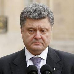 Порошенко повідомив, що до початку квітня рішень щодо Савченко не буде
