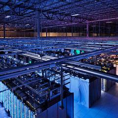 Google продемонстрували свій дата-центр (відео)