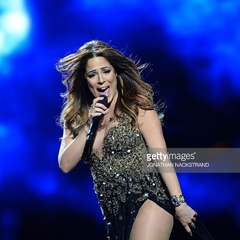 Співачка з Мальти виступає на останніх місяцях вагітності