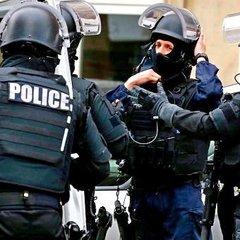 Французький спецназ заблокував російських вболівальників біля Лілля
