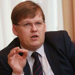 Розенко розповів про ситуацію з поставками вакцин і ліків