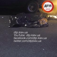 П'яна смертельна ДТП в Києві: вантажівка збила робочого дорожньої служби
