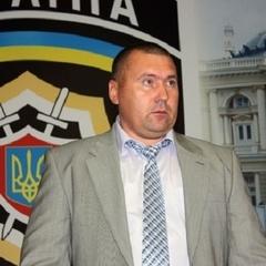 Екс-начальника міліції Одеси, якого спіймали на хабарі, випустили з-під варти