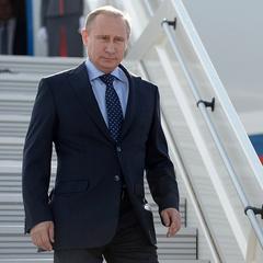 Путін прилетів у Самарканд, щоб «поклонитися пам'яті» Карімова