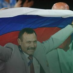 Паралімпійський комітет покарав білоруса, який ніс прапор Росії