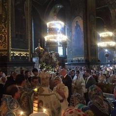 Тимошенко поїхала із засідання Парламенту на хрестини онуки