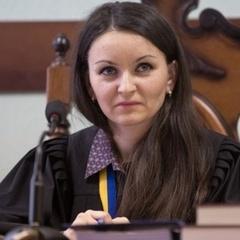 Порошенко звільнив суддю Царевич