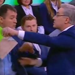 У РФ телеведучий під час передачі про Боїнг обізвав українського експерта «бараном» і вигнав зі студії