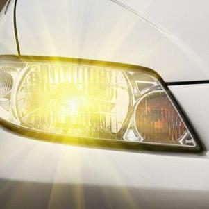 Поліція нагадує, що з 1 жовтня за містом необхідно вмикати ближнє світло