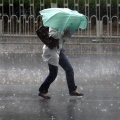 В Україні оголосили штормове попередження на вихідні