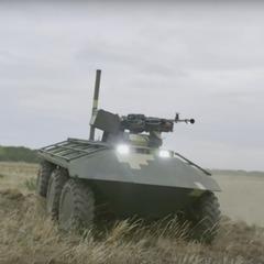 Українські інженери представили неймовірну розробку безпілотної бронемашини (відео)