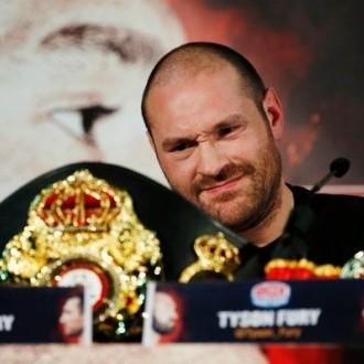 Тайсон Ф'юрі відмовився від чемпіонських титулів за версіями WBO і WBA