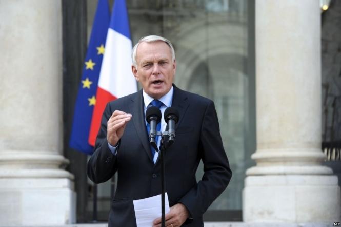 Від України вимагатимуть виконання політичних пунктів мінських домовленостей— Глава МЗС Франції