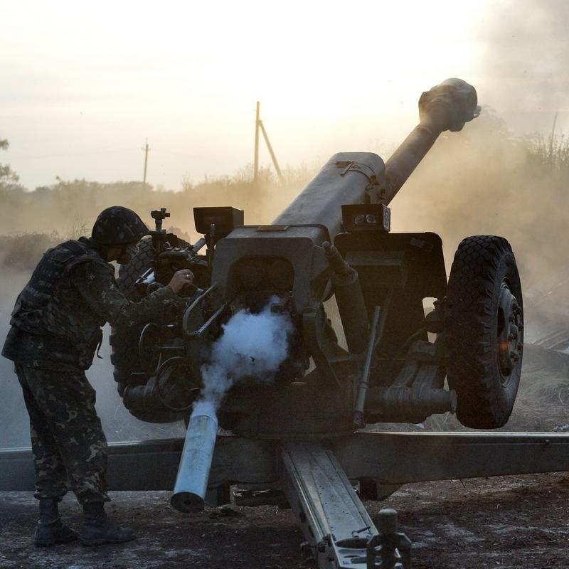Бойовики за минулу добу 40 разів обстріляли українські позиції