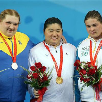Українського олімпійця позбавили медалі