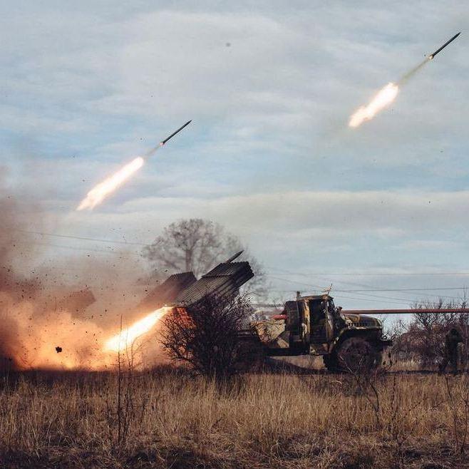Авдіївку накрили сильним артилерійським вогнем