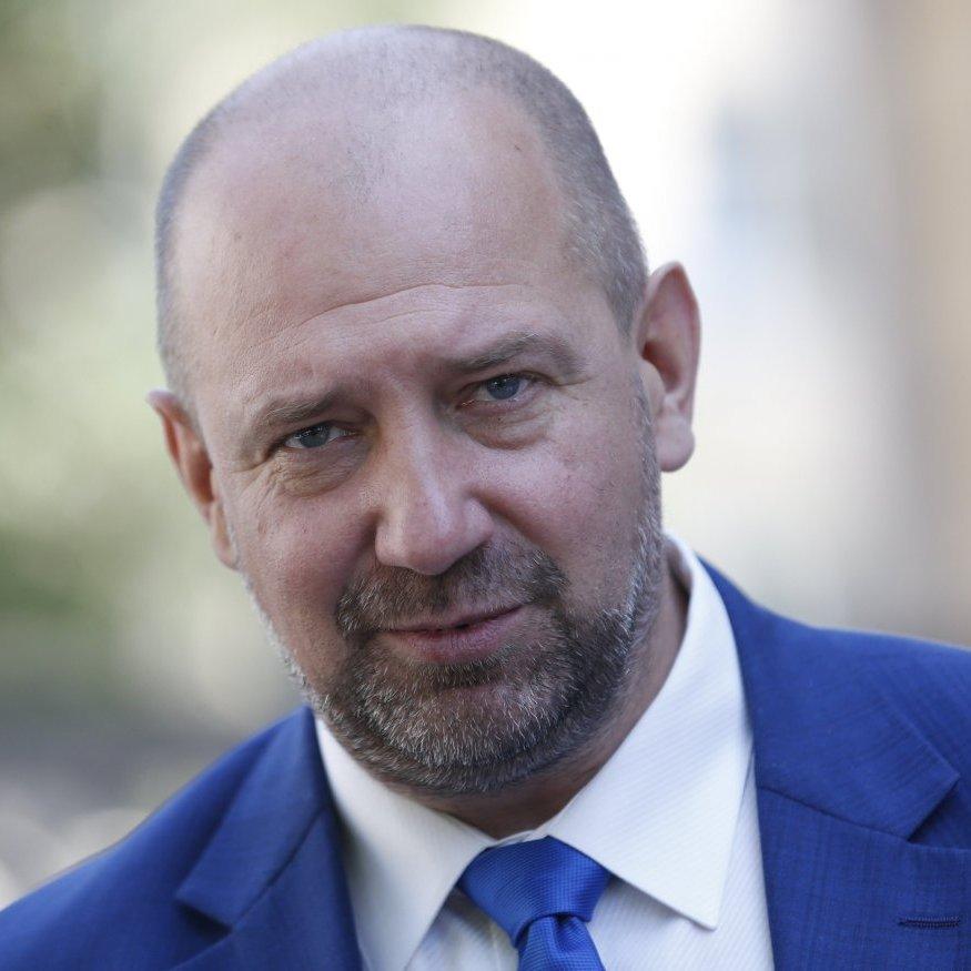 Екс-комбат «Айдара» Мельничук задекларував трильйон гривень готівки
