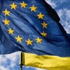 Порошенко запевнив, що небезпеку у ратифікації асоціації Україна-ЄС вдалося усунути