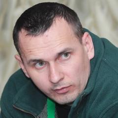 «Мені б дочекатися та обійняти сина» - мати Олега Сенцова (відео)