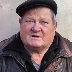 Пенсіонер із «ДНР» пригрозив Ахметову розібрати його завод, якщо той перестане давати гуманітарку (відео)