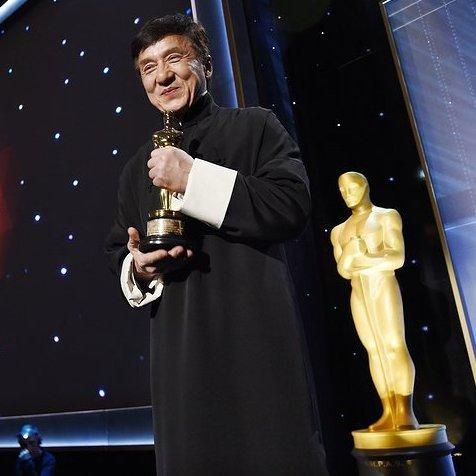 Легендарний Джекі Чан отримав «Оскара»
