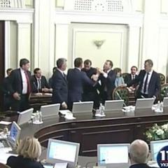 Ляшко та Бойко побилися на погоджувальній раді (відео)