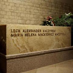 У Кракові розпочалася ексгумація тіла Леха Качинського (відео)