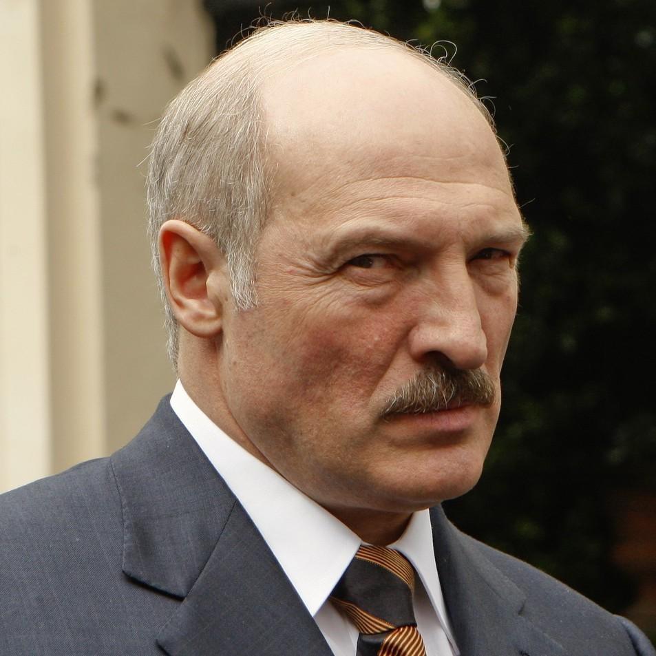 Лукашенко сказав, що грудьми закриває кордон з Україною