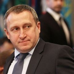 Представник української делегації облив кавою і побив так званого «віце-прем'єра» Криму