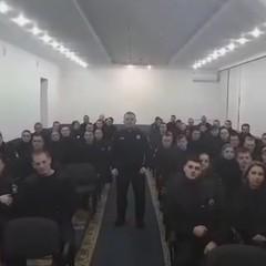 Патрульні поліцейські Чернівців зворушливо попрощалися з Хатією Деканоідзе (відео)