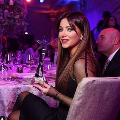 Ані Лорак обрали співачкою року у Росії