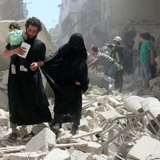 Внаслідок авіаударів та артобстрілів Алеппо загинуло щонайменше 27 осіб