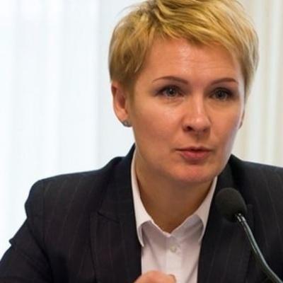 Головний люстратор України йде з посади